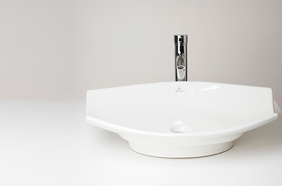 Briggs USA - The Premium Bath Collection